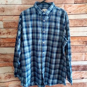 Sonoma long sleeve button down shirt